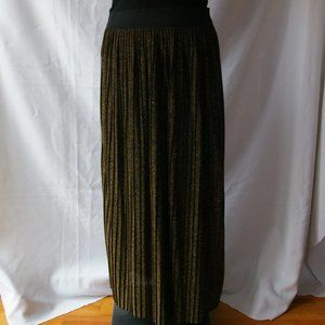 Vintage Olsen Sparkly Gold And Black Pleated Skirt